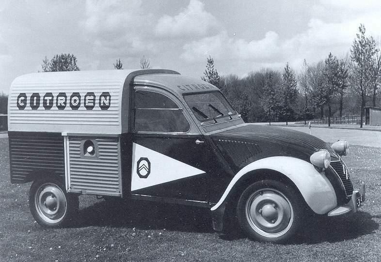 1955_Citroen_AZU_citr-serv