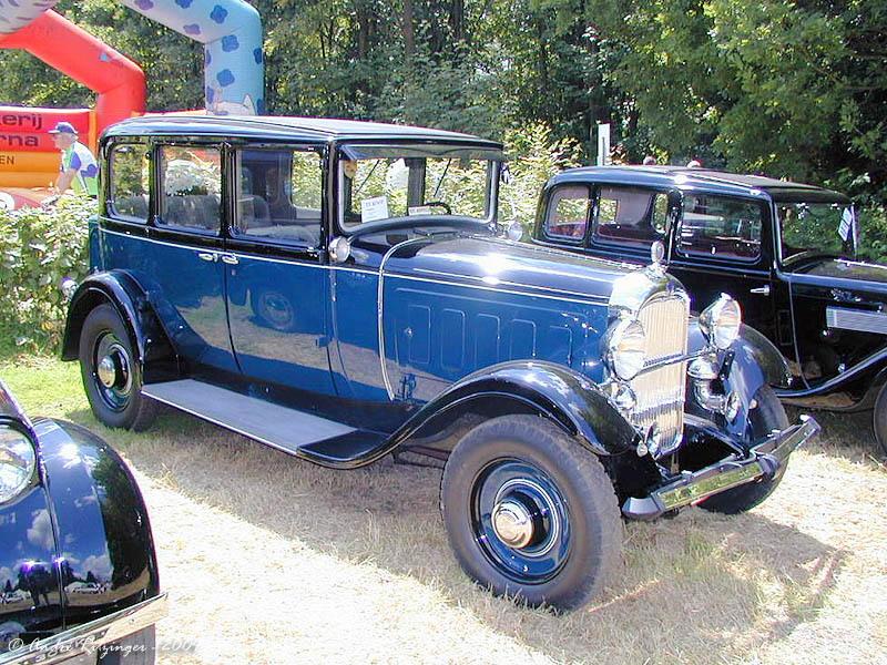 1931_Citroen_C6G_sedan