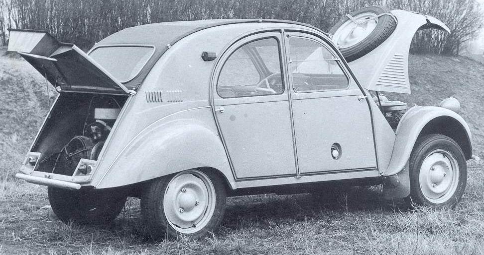 1959_Citroen_2CV_Sahara