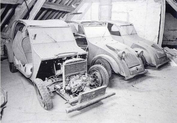 1939_Citroen_2CV_prototypes